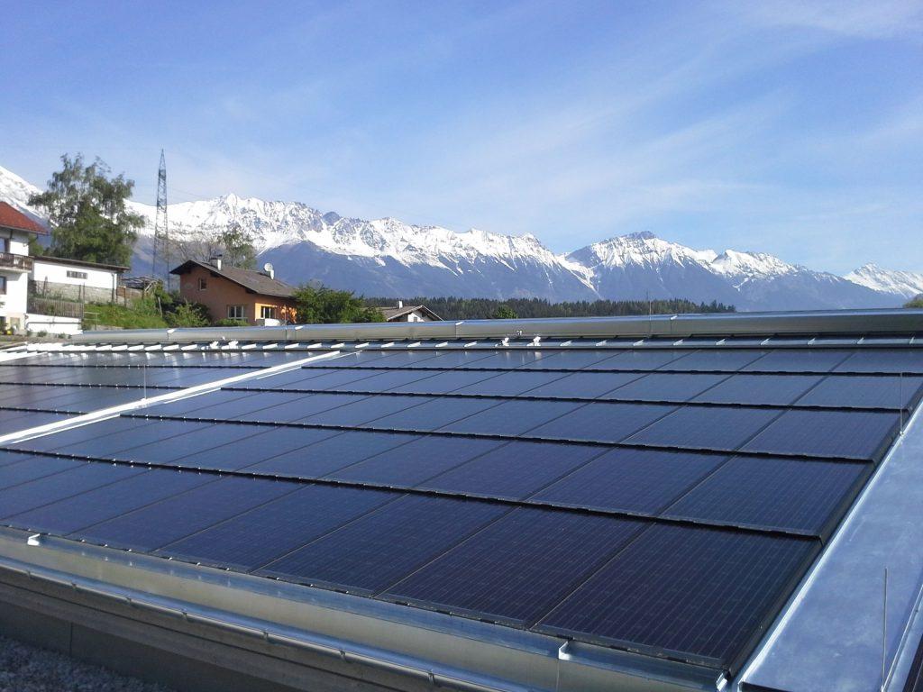 GIPV-Dachintegration @ATB-Becker Photovoltaik GmbH
